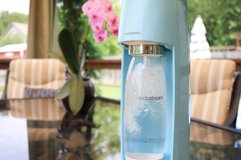 Sparkling water at home