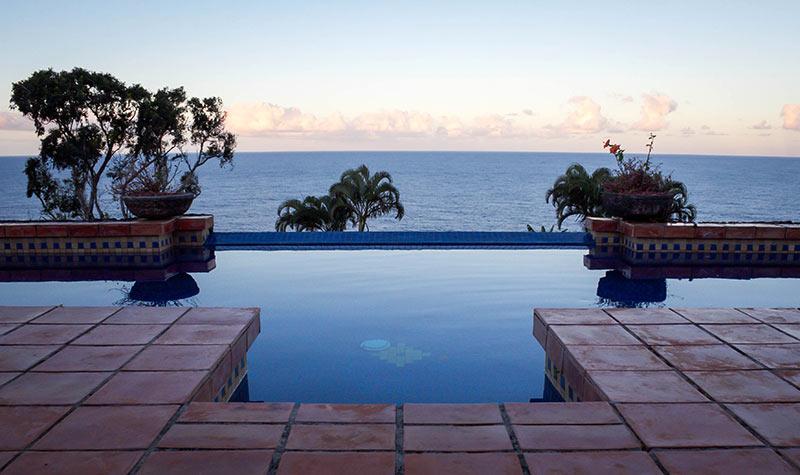 infinity pool on the big island of Hawaii